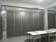 cari pembuatan… PARTISI PENYEKAT RUANGAN KELAS bisa dilipat kedap/redam suara, di Jakarta, Bandung, Tangerang, Bekasi, Bogor, Depok